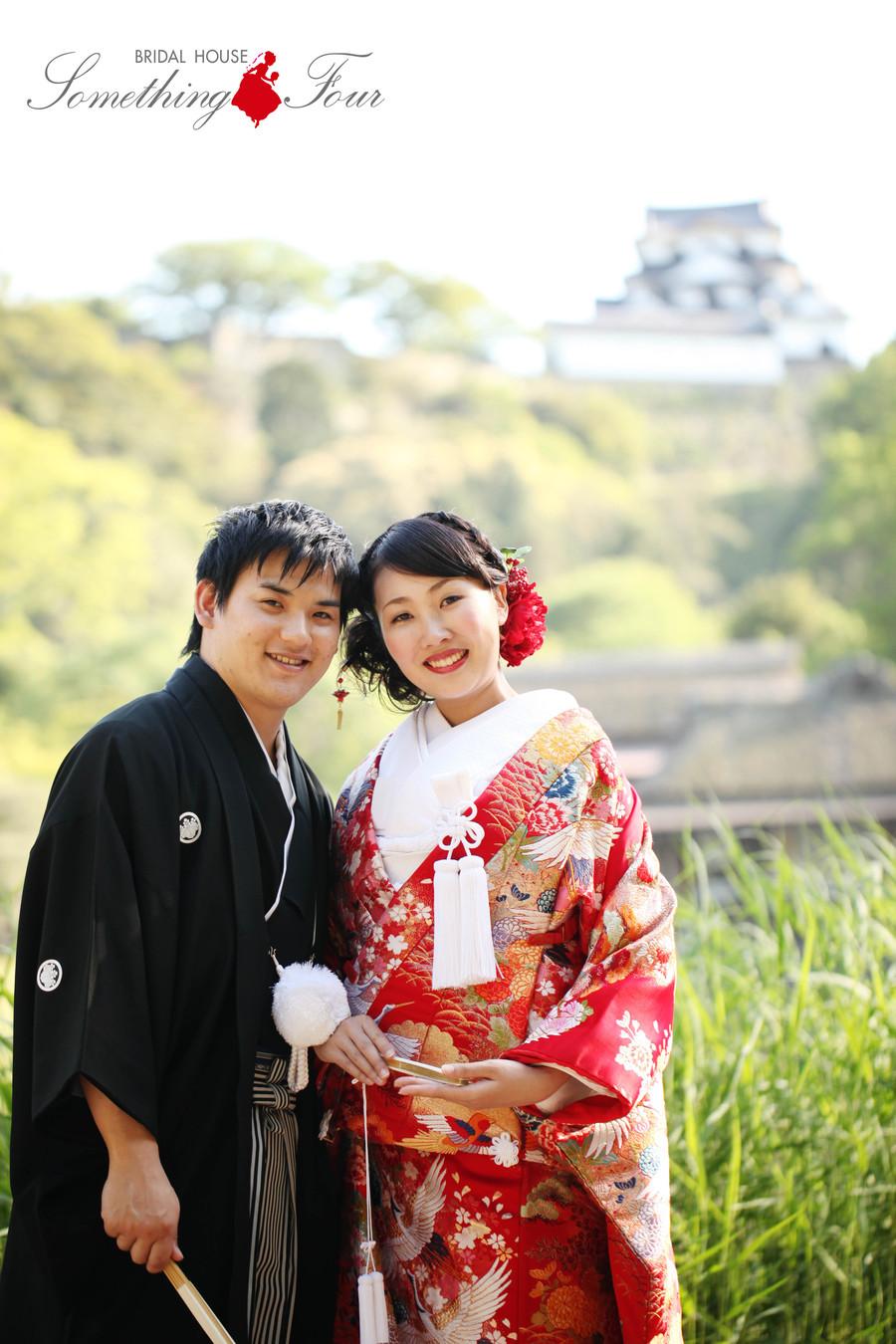 彦根城を背景に結婚前撮り写真【国宝彦根城 名勝玄宮園】