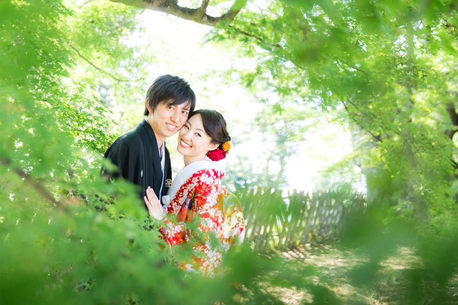 国宝の彦根城で撮れる写真はお城バックだけじゃないんです!!こんな綺麗なグリーン背景でもお撮りできますよ♪