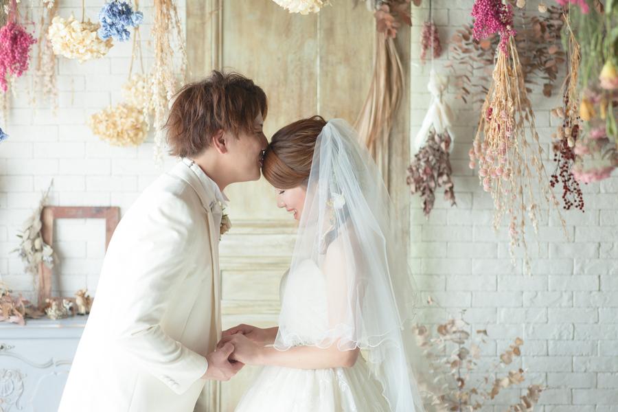 滋賀でフォトウェディング・前撮りをするなら滋賀ブライダルフォトワーク 彦根 おしゃれスタジオ ドレス