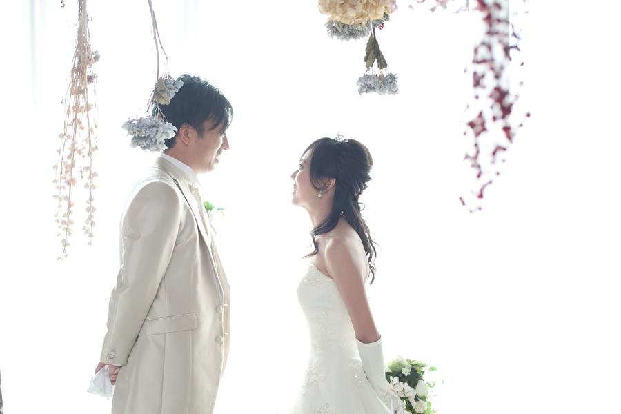 大人気FLAGG WEDDING 寒い冬でもオシャレなスタジオだから安心!